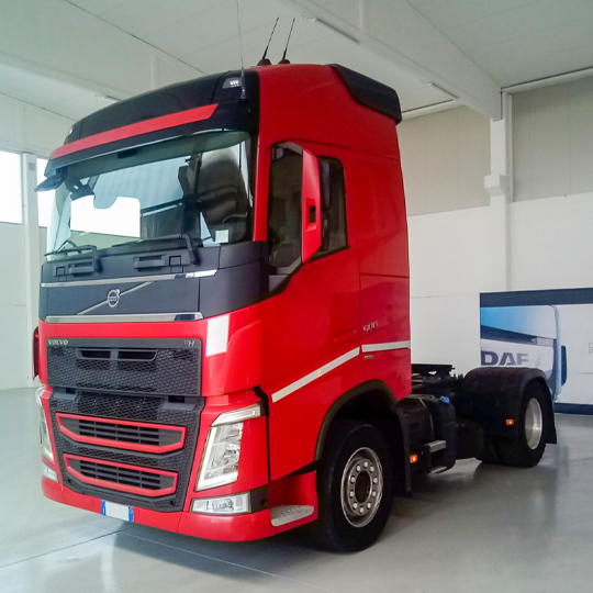 VOLVO TRUCK FH13-500